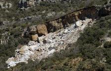 Rescaten els dos cossos sepultats al caure una muntanya a Castell de Mur