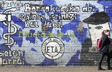 """ETA reconeix el dany causat i afirma que """"ho sent de debò"""" per les víctimes"""
