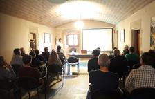 Un momento de la charla celebrada ayer por Unió de Pagesos en Pinós.