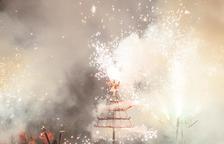 El espectáculo de fuego tuvo lugar en la plaza Fondadana.