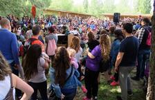 El contacontes va ser una de les activitats amb més públic ahir al parc de la Mitjana.