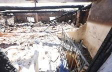 Desalojados ocho temporeros por un fuego en dos casas de Menàrguens