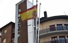 El TSJC ratifica que el consell del Solsonès ha d'hissar la 'rojigualda' i el condemna a pagar mil euros