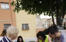 Reparteixen 420 jardineres per als veïns del centre de Balaguer