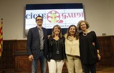 Pere Aumedes, Rosa Pujol, Isona Passola i Anna Masip, coordinadora del cicle 'Gaudí al Territori'.