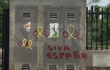 Pintades unionistes sobre llaços grocs a Ciutat Jardí, Lleida