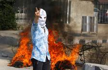 El Caixmir 'crema' en noves protestes