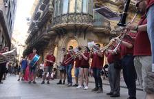 Música itinerant amb la Ilerband per l'Eix Comercial de Lleida.