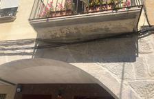 Un balcón donde Ipcena denuncia que se han destruido los nidos.