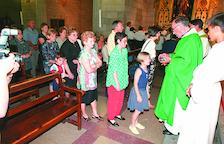 Primera missa a Fraga amb el bisbe de Barbastre - El dijous passat, 21 de juny, es van complir vint anys de la primera missa a Fraga amb el bisbe de Barbastre, llavors Ambrosio Echevarría (a la imatge). Feia tot just sis dies que s'havien incorp ...