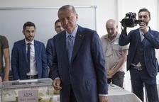 Erdogan voreja la reelecció directa amb el 90% dels vots escrutats