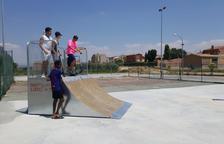 Linyola instal·la un 'skate' a la zona esportiva a petició dels joves
