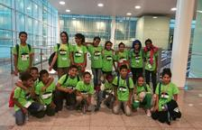 Algunos de los niños que participaron el año pasado en la campaña a su llegada a Barcelona.