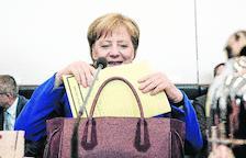 Merkel logra un acuerdo con sus socios bávaros y supera una nueva crisis