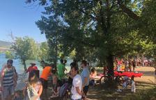 Éxito de participación en la XI Festipallars en la playa del Piolet