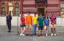 Recrean la bandera LGBTI en Moscú usando las camisas de su selección