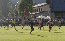El Huesca se estrena con una goleada al Monzón