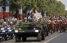 Francia celebra el 14-J con un recuerdo a la masacre de Niza