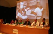 Un momento de la presentación del proyecto de colaboración entre el hospital leridano y el Centre d'Art la Panera, ayer en el Arnau.