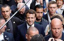 Macron, en horas bajas