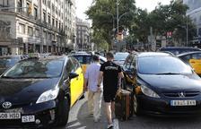 Los taxistas mantienen el pulso al Gobierno y las protestas se extienden por todo el Estado