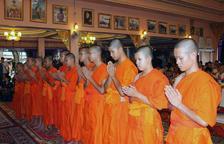 Ordenación budista de los niños rescatados en una cueva de Tailandia
