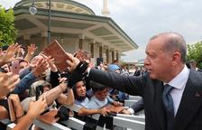 Turquia bloqueja béns a dos nord-americans