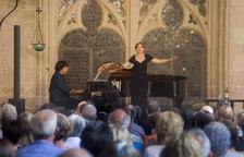 Actuación del pianista Jordi Domènech y la soprano Anna Moliner.