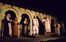 Les representacions van tenir lloc a l'aire lliure als claustres de la Catedral de la Seu d'Urgell.