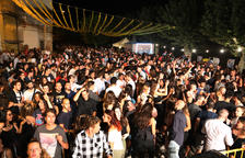 Cerca de quinientas personas disfrutaron de la verbena musical de Figuerola d'Orcau el sábado por la noche.