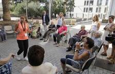 Mínguez i Larrosa han visitat el centre de dia Santa Clara, al centre històric de Lleida.