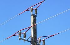 El Parlament rebutja la subestació d'Isona i de la línia elèctrica de 400 kV