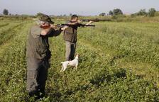 Unos 2.500 cazadores inauguran la media veda con las nuevas medidas de seguridad
