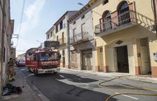 Herida grave en un incendio en su vivienda en Preixens