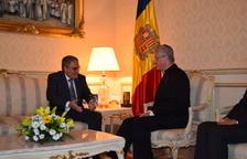 Ros, reunido con el copríncipe episcopal, Joan-Enric Vives.