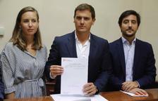PP i Cs veten la reforma urgent de la llei d'estabilitat i frenen els comptes de Sánchez