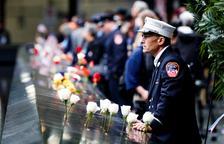 Milers de persones recorden l'11-S vora 2 dècades després