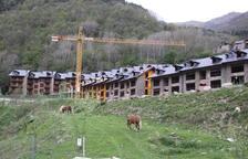 Imagen de archivo del complejo residencial impulsado en Espui que quedó inacabado.
