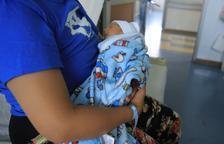 El Supremo avala que la prestación por maternidad está exenta del IRPF