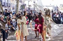 Les nimfes i els més petits posen la màgia al primer most del raïm de Verdú