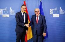 Juncker traslada a Sánchez la impresión positiva de los presupuestos españoles