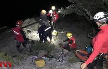 Ferida greu una escaladora al caure de vint metres a Collegats