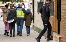 Un home mata la parella a punyalades a Sevilla