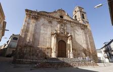 Catas en Algerri para analizar el terreno de la iglesia, cerrada hace cinco meses