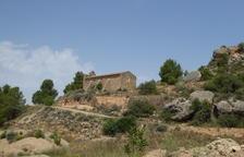 Cervià actua a l'ermita de les Besses per acollir l'Aplec anual