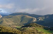 Un operario crítico y otro grave tras electrocutarse en Ribera d'Urgellet