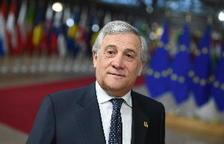 El presidente de la Eurocámara se pinta un ojo contra la violencia machista