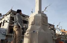 Retiran símbolos franquistas de la cruz de Castelldans