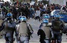 El Govern francès investigarà l'arrest massiu d'estudiants en una protesta