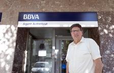 Los 'agentes autorizados' de bancos suplen en parte la falta de sucursal